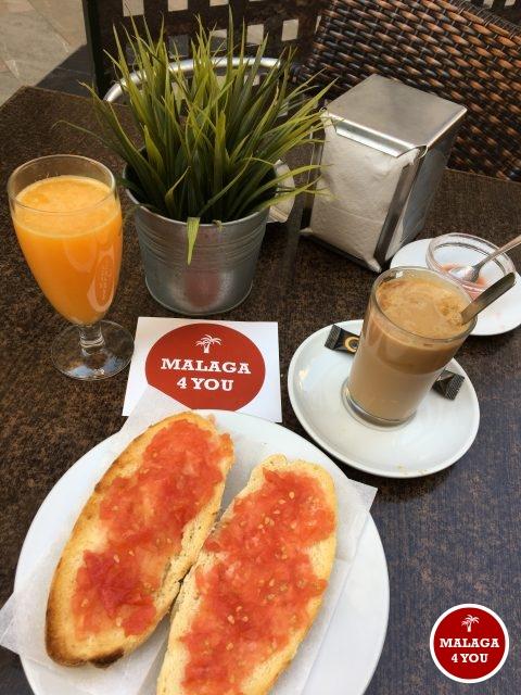 cafe de l'abuela pan tomate aceite