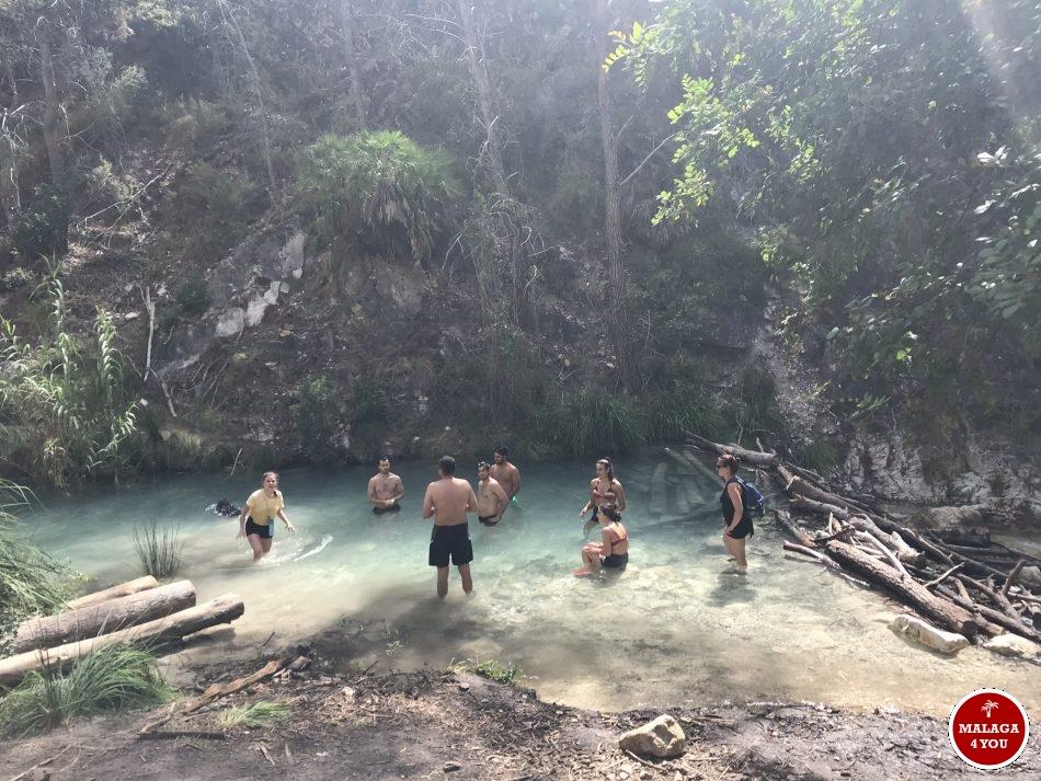 rio chillar zwemmen